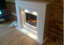 Maddison in Polare White with Opti Myst Fire
